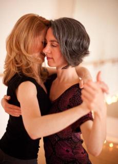 Lesbian Tango 21